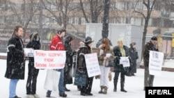 Пикет в защиту Алексаняна - ровно год назад