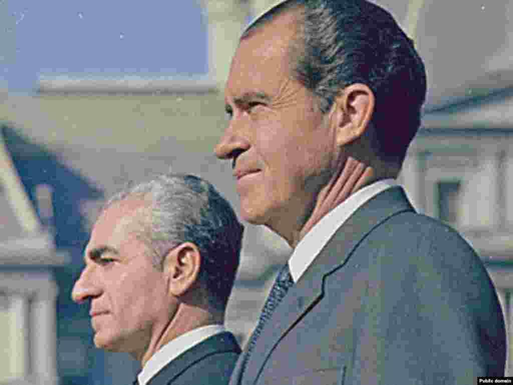 Муҳаммад Ризои Паҳлавӣ бо президенти Амрико Ричард Никсон, соли 1969