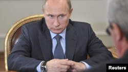Владимир Путин на встрече с главой Республика Коми Вячеславом Гайзером, 7 ноября 2013