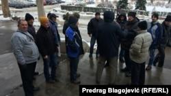 Protest ispred zgrade Gradske