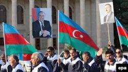İlham Əliyevin seçki kampaniyası, 13 oktyabr 2008