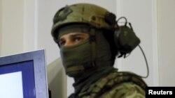 Украина әскерінің солдаты.