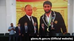 Вероятно, перед натиском Москвы кавказские республики перестарались с показным сотрудничеством с Крымом