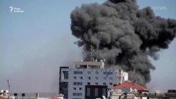 Будівля з офісами Associated Press та Al Jazeera зруйнована в Смузі Гази
