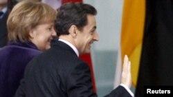 Angela Merkel və Nikola Sarkozi