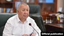 Қирғизистон бош вазири Қубатбек Бўрўнов.