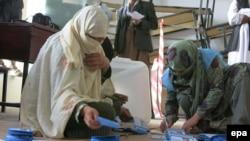 На избирательном участке в Кандагаре. 5 апреля 2014 года.