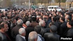 Акция протеста сотрудников завода «Наирит» в Ереване (архив)
