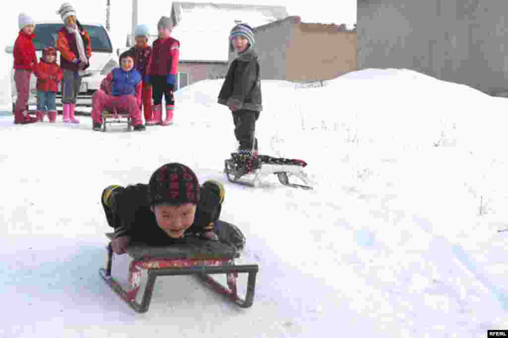 Бишкекские новостройки зимой #12