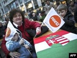 Oko milion Mađara u drugim državama su dobili državljanstvo svoje matice učestvujući na izborima 2014. godine tako što su glasali za Fides