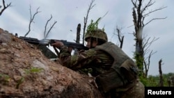 Укранські військові: підтримувані Росією бойовики 12 разів порушили режим припинення вогню