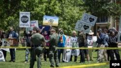 Բողոքի ցույց Վաշինգտոնում Էրդողանի այցի ժամանակ, 16-ը մայիսի, 2017թ.