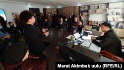 Музыкалык окуу жайында Самара Каримова катышкан жыйын. 14-январь, 2021-жыл, Ош.