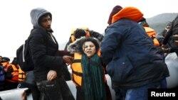 Архивска фотографија: Мигранти на Лезбос.