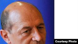 Traian Băsescu, ministrul Transporturilor