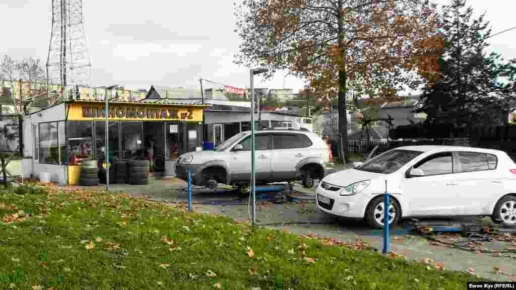 Автомобилисты «переобувают» свои машины