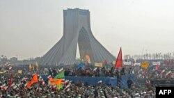 صحنه ای از تظاهرات هوادار دولت در ۲۲ بهمن در تهران.