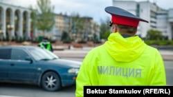 Кыргызстандын милиция кызматкерлери.