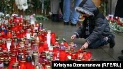 Із десятків тисяч свічок, які запалили чехи на знак пам'яті й шани до Вацлава Гавела, має бути відлите велике воскове серце