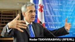 Джеффри Гедмин в Тбилисском госуниверситете, 7 октября 2010 г.