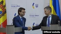 Miniștrii de externe ai Republicii Moldova și Ucrainei, Nicu Popescu și, respectiv, Vadim Pristaiko. Kiev, 9 septembrie 2019