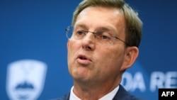 Словенечкиот министер за надворешни работи Миро Церар