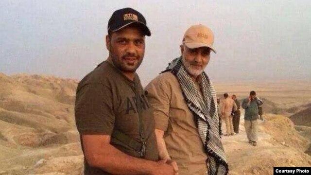 یکی از تصاویر منتشر شده در اینترنت که گفته میشود در آمرلی گرفته شده است (سلیمانی در راست همراه یک نیروی عراقی)