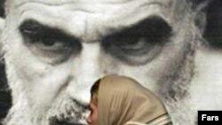 به گفته وزير کشور ايتاليا ايران غربی ترين کشور مشرق زمين است که «متاسفانه امروز در مسير خطرناکی گام بر می دارد و به کشوری مشکل آفرين تبديل شده است.»