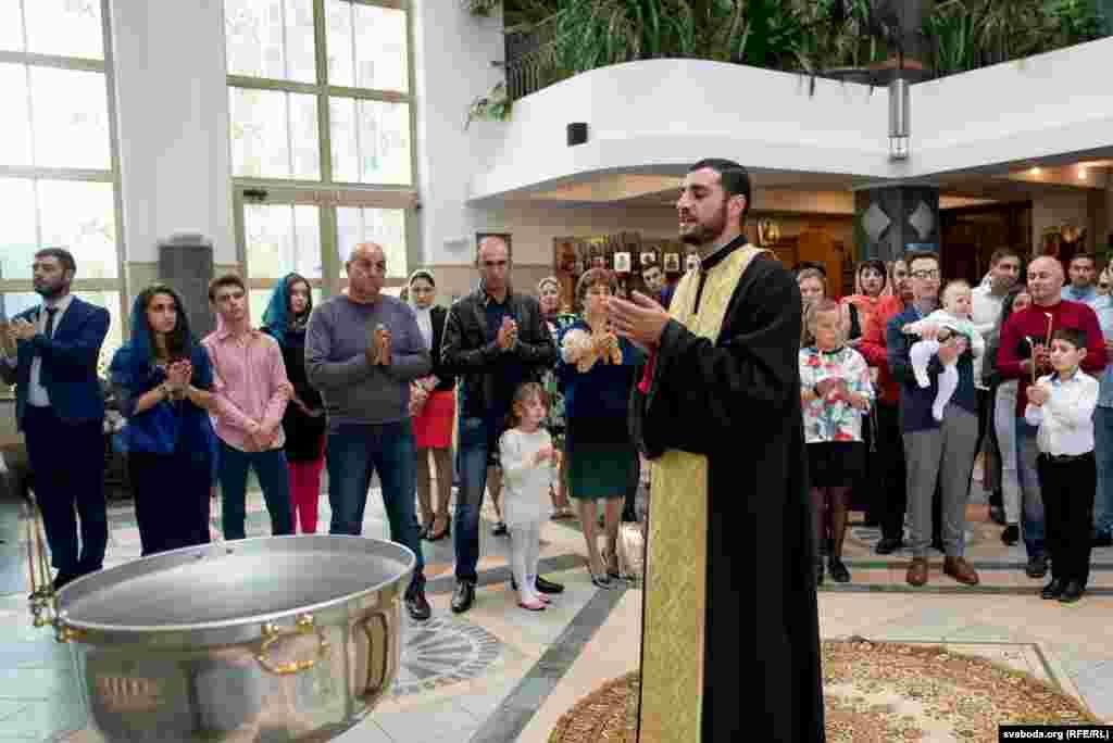 Сьвятар Армянскай апостальскай царквы Эдгар Аміран Тэр Сэпух