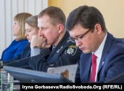(слева направо) Вячеслав Аброськин и Вадим Бойченко во время проведения форума
