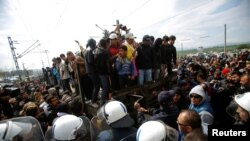 Izbjeglice kod Idomenija