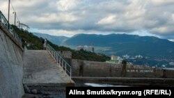 Архивное фото: Крым, Ялта
