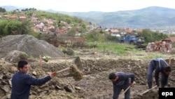 Obnova albanskih kuća u severnoj Kosovskoj Mitrovici