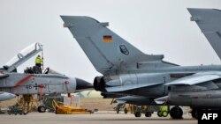 Німецькі розвідувальні літаки «Торнадо» на базі «Інджирлік» у Туреччині