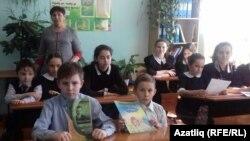 Татарстандагы мәктәп. Архив фотосы