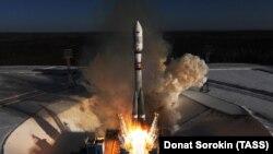 Запуск ракеты с космодрома Восточный в Амурской области России. 1 февраля 2018 года.