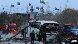 Полиция жанкечти жардырган жерди изилдеп жатат, 16-ноябрь, 2013