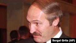 Аляксандар Лукашэнка, кастрычнік 1996