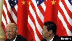 Архивска фотографија: Потпретседателот на САД Џо Бајден во посета на Кина во 2011 година.