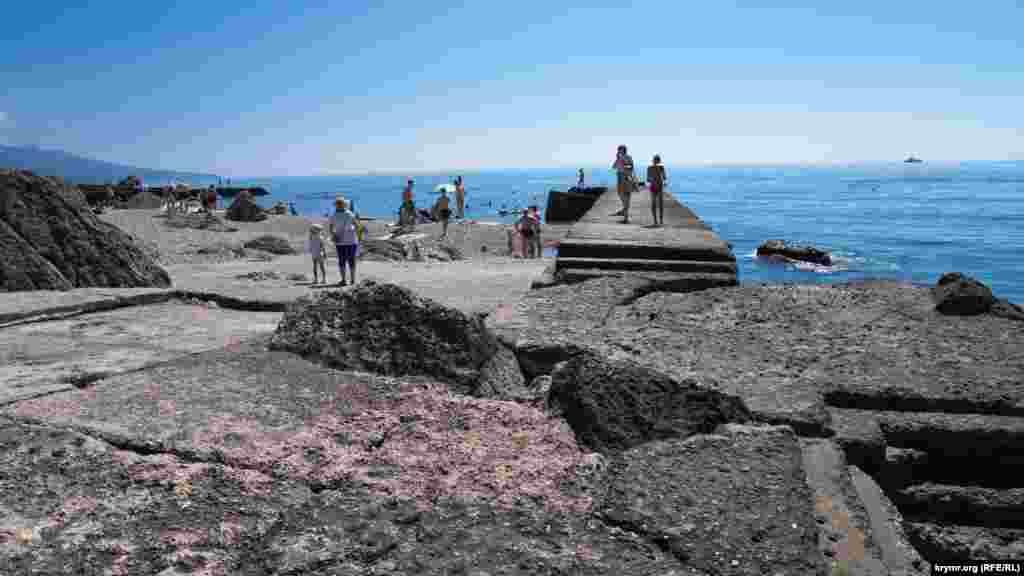 Доступные для всех пляжи поселка