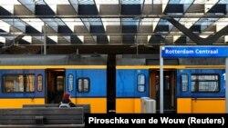 У Нідерландах станом на 19 березня зафіксовано 2465 випадків інфікування коронавірусом