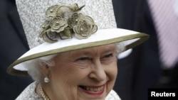 Британиянең патшабикәсе Елизавета
