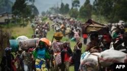 Тисячі мирних жителів втекли зі своїх домівок біля міста Гома в 2012 році, коли його захопили повстанці