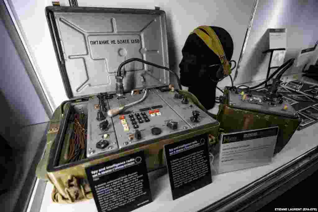 An R-394KM radio set used by Soviet spies in the 1980s
