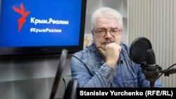 Александр Стариш