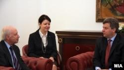 Медијаторот Метју Нимиц и Претседателот Ѓорѓи Иванов