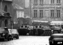 Расейскія войскі ў Празе