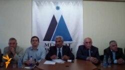Ictimai Palata deputat mandatının satıldığı iddia olunan videoya görə etirazlara başlayır