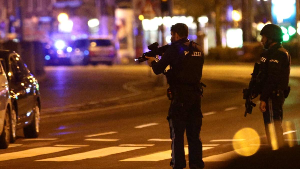 Bécsi magyar a merénylet utáni helyzetről: pánik nincs, csak szomorúság