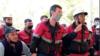 Рабочие «Джизак Петролиум» выражают протест против урезания им зарплаты вдвое.